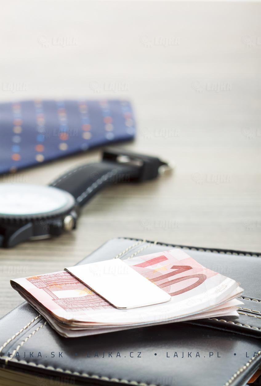 Spony a klipy na penze a bankovky Business Style
